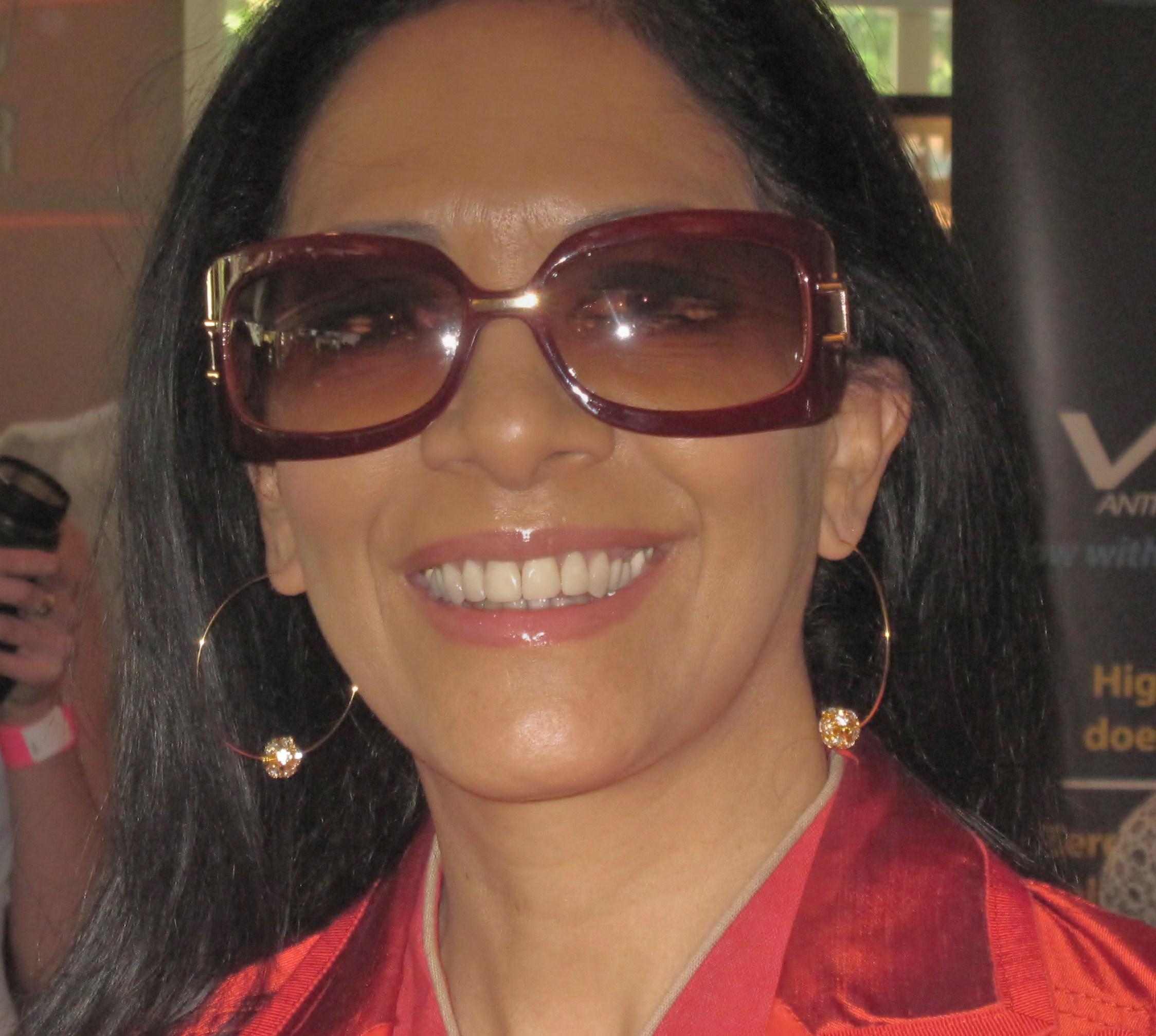 Sheila e s glorious in statement earrings